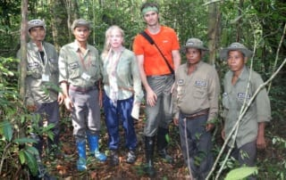 CEO Suwanna Gauntlett & Rhett Butler, Mongabay founder, Went Trekking CEO Suwanna Gauntlett & Rhett Butler, Mongabay founder, Went Trekking Rhett Butler and Wildlife Alliance CEO Suwanna Gauntlett 320x202
