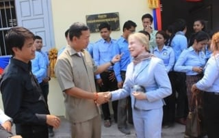 Ms. Suwanna Gauntlett met with H.E. Hun Manet to inaugurate 5 Schools and Health Center Suwanna Gauntlett and Hun Manet Community 320x202