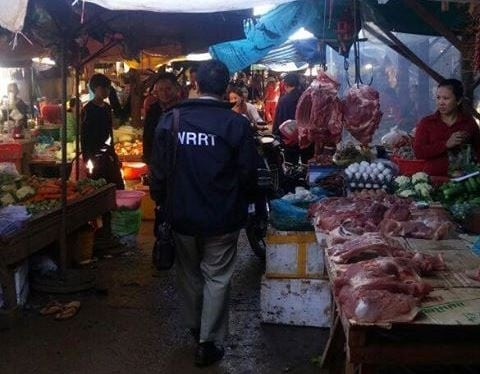 WRRT Monitors the Local markets for illegal Wildlife Meat WRRT Monitors the Local markets for illegal Wildlife Meat Cambodia WRRT illegal wildlife meat trade