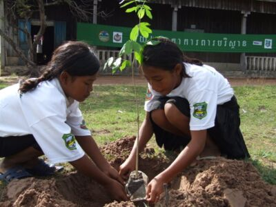 education Education 2007 07 08 KE arborday4girlsplantingtrees 400x300