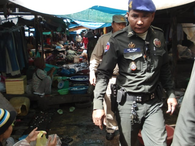 Wildlife Hotline Raising the Heat on Traders WRRT Cambodia WildlifePolice