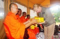 Monk blessing ceremony – Suwanna Gauntlett Monk blessing ceremony Suwanna Gauntless Save the Cardamom 15 200x133