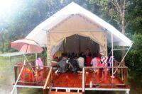 Monk blessing ceremony – Suwanna Gauntlett Monk blessing ceremony Suwanna Gauntless Save the Cardamom 16 200x133