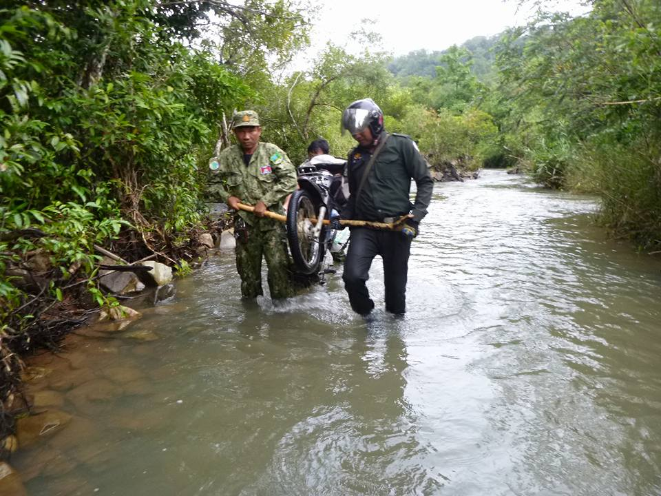 wildlife alliance rangers fighting loggers in cambodia Wildlife Alliance Rangers fighting loggers in Cambodia Wildlife Rangers river