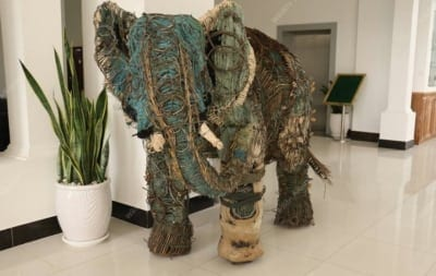 This sculpture is made entirely of snares traps sculpture elephant 400x253  Home traps sculpture elephant 400x253