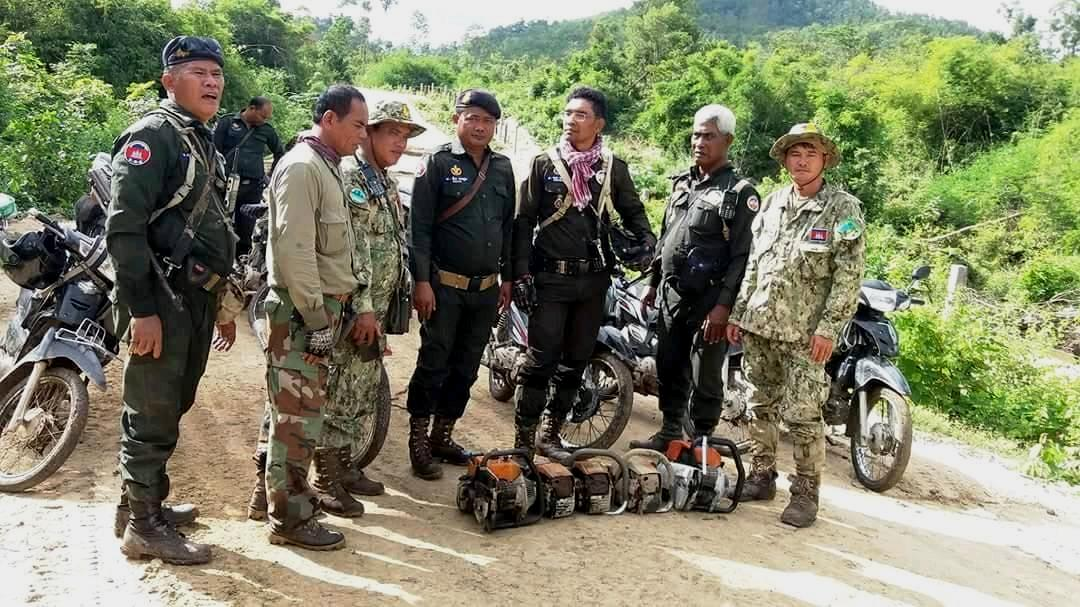 chambak patrol station - 5 chainsaws and 131 rope snares Chambak Patrol Station – 5 chainsaws and 131 rope snares Chambak Illegal Chainsaws