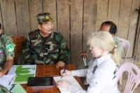 Suwanna Gauntlett meets with General Chhun Chheng Suwanna Gauntlett meets with General Chhun Chheng Suwanna Gauntlett meets with Gen