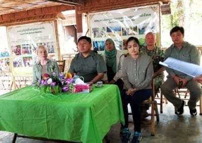 Community-Based Eco-Tourism (CBET) to save the forest! HE Say Samal Minister of Environment HE Mithona Phouthong and Suwanna Gauntlett Chhay Areng Valley 5 400x283