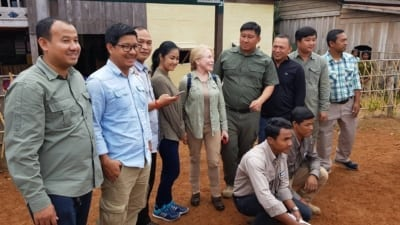Community-Based Eco-Tourism (CBET) to save the forest! HE Say Samal Minister of Environment HE Mithona Phouthong and Suwanna Gauntlett Chhay Areng Valley 7 400x225