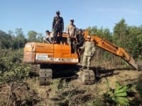 excavator seized in protected forest Excavator seized in protected forest Land Grabbing Cambodia 200x150
