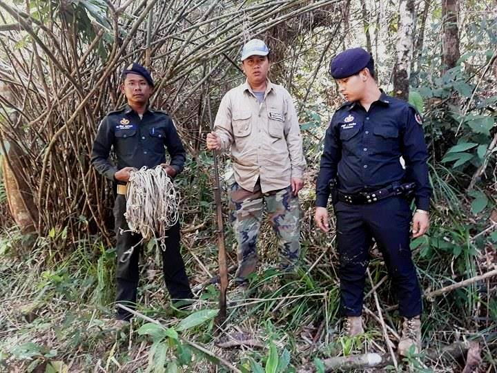 sponsor the asian elephant station Sponsor the Asian Elephant Station hunter homade weapon