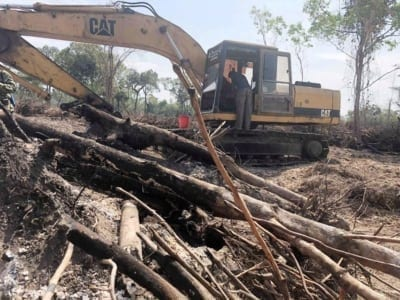 forest destroyed 8 hectares of forest destroyed! One excavator confiscated and 2 people in prison Escavator Cambodia Forest destruction 400x300