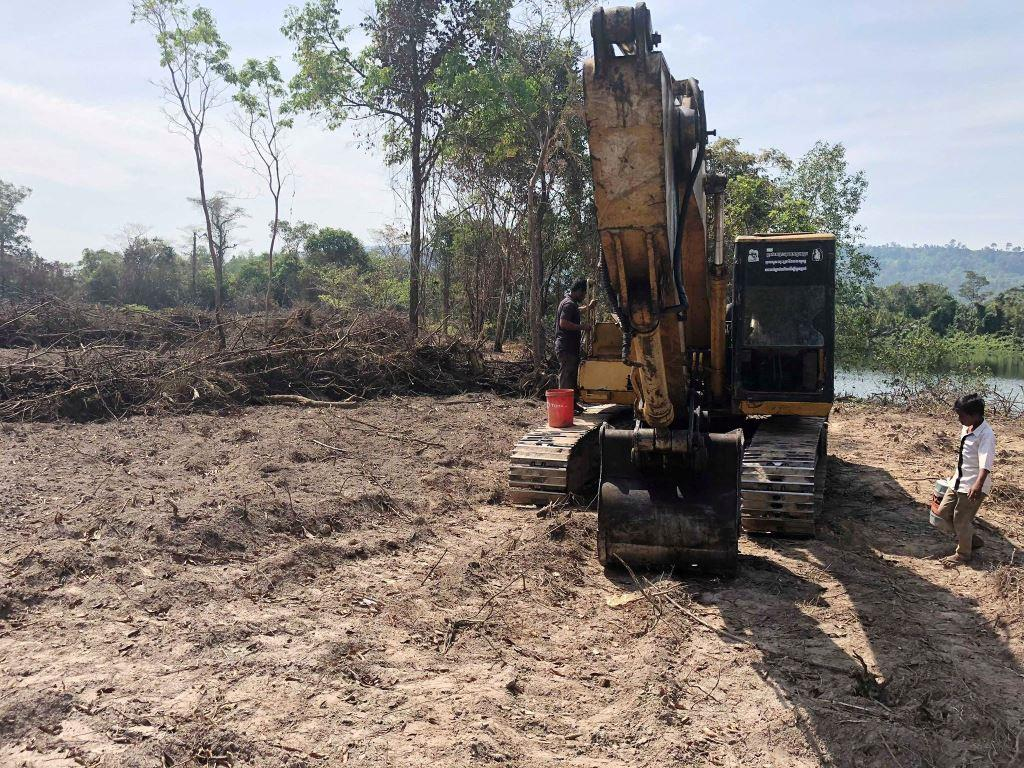forest destroyed 8 hectares of forest destroyed! One excavator confiscated and 2 people in prison Escavator used in Land encrochement