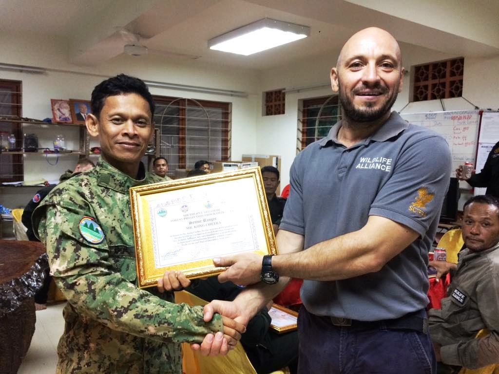 law enforcement SCFPP – Law Enforcement Manager recognized the dedicated senior rangers with tenure of over 13 years senior rangers Cambodia Law Enforcement 1