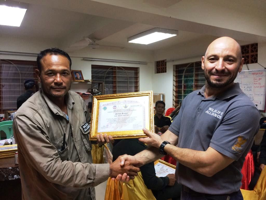 law enforcement SCFPP – Law Enforcement Manager recognized the dedicated senior rangers with tenure of over 13 years senior rangers Cambodia Law Enforcement 13