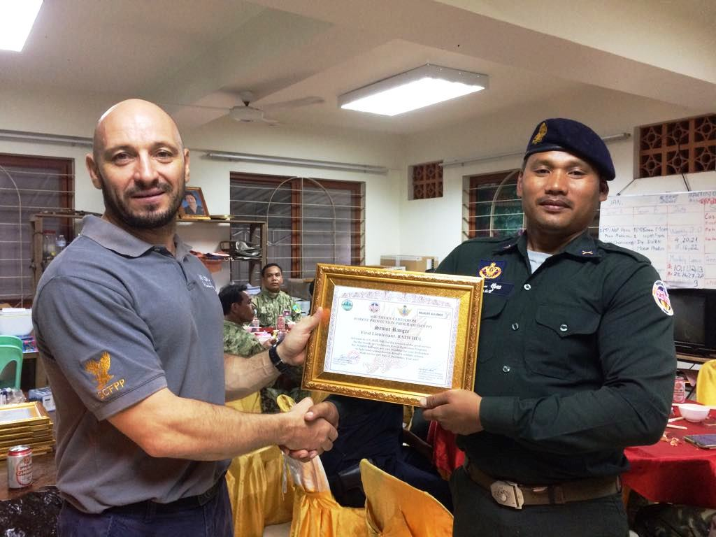 law enforcement SCFPP – Law Enforcement Manager recognized the dedicated senior rangers with tenure of over 13 years senior rangers Cambodia Law Enforcement 20