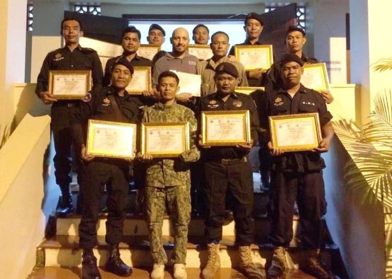 law enforcement SCFPP – Law Enforcement Manager recognized the dedicated senior rangers with tenure of over 13 years senior rangers Cambodia Law Enforcement 22 800x569