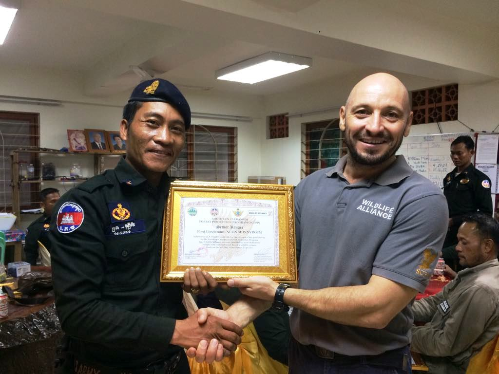 law enforcement SCFPP – Law Enforcement Manager recognized the dedicated senior rangers with tenure of over 13 years senior rangers Cambodia Law Enforcement 7