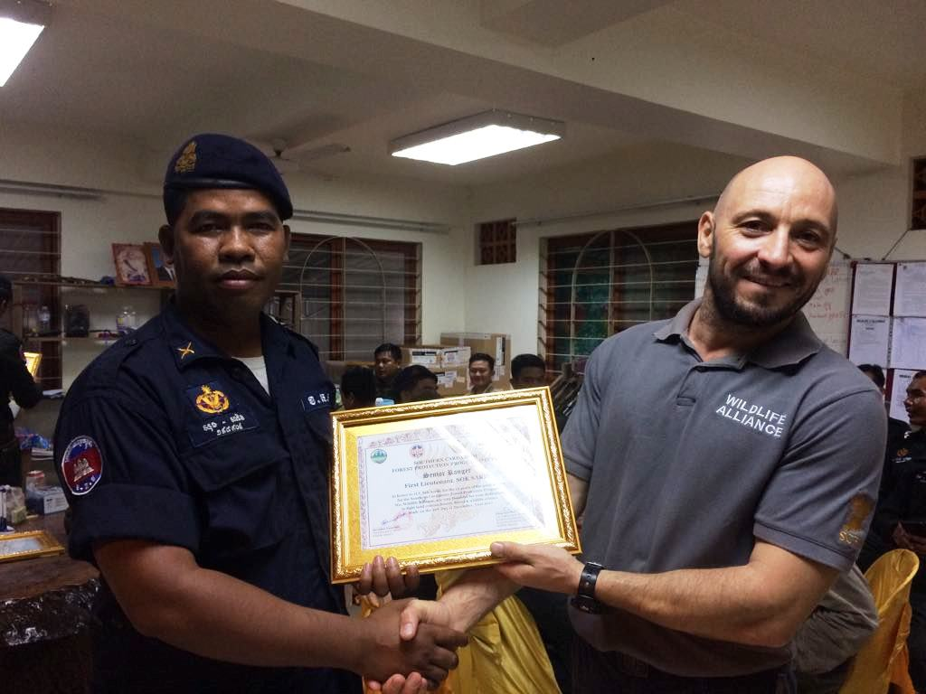 law enforcement SCFPP – Law Enforcement Manager recognized the dedicated senior rangers with tenure of over 13 years senior rangers Cambodia Law Enforcement 8