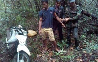 poachers sentenced to prison Poachers sentenced to prison poachers arrested 320x202