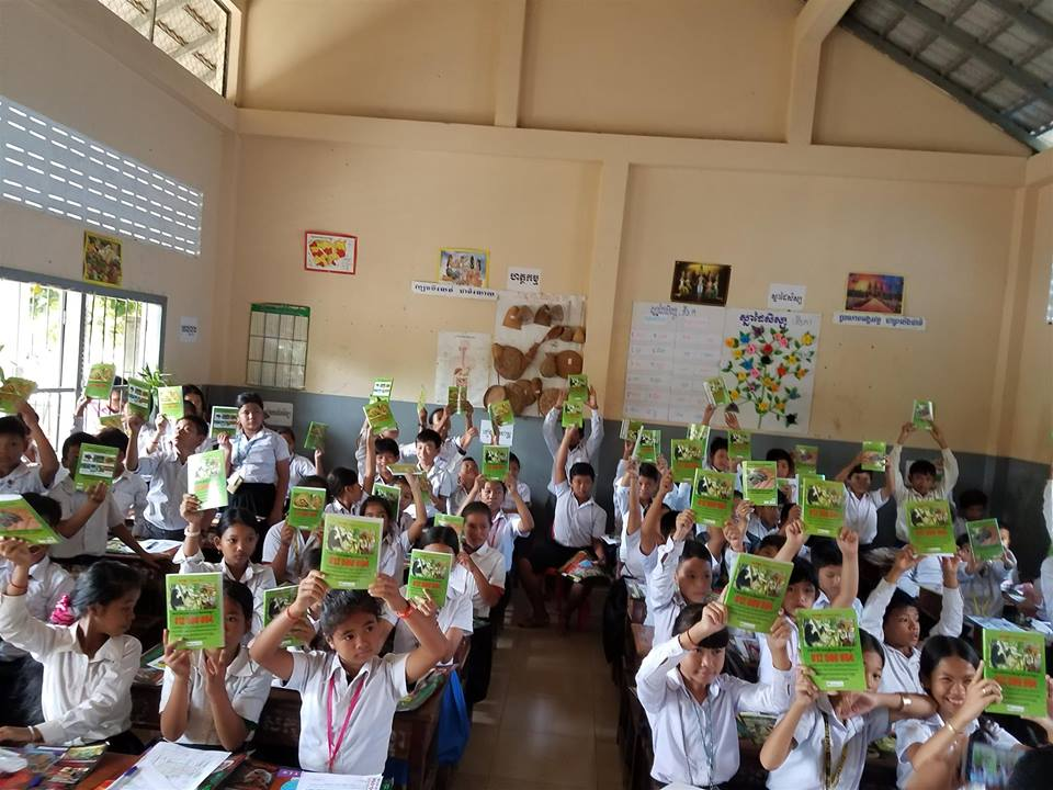 Wildlife Alliance's Mobile Environmental Educator in Phnom Prek Kouprey Express Team in Phnom Prek 2