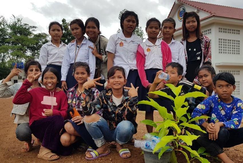 Wildlife Alliance's Mobile Environmental Educator in Phnom Prek Kouprey Express Team in Phnom Prek 7