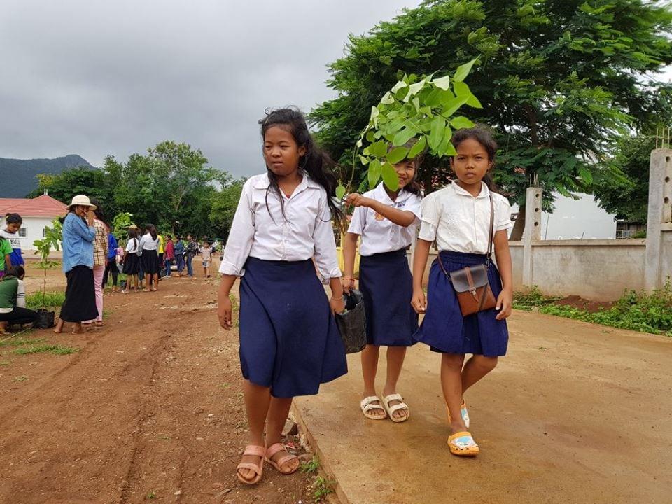 Wildlife Alliance's Mobile Environmental Educator in Phnom Prek environmental education Cambodia 5