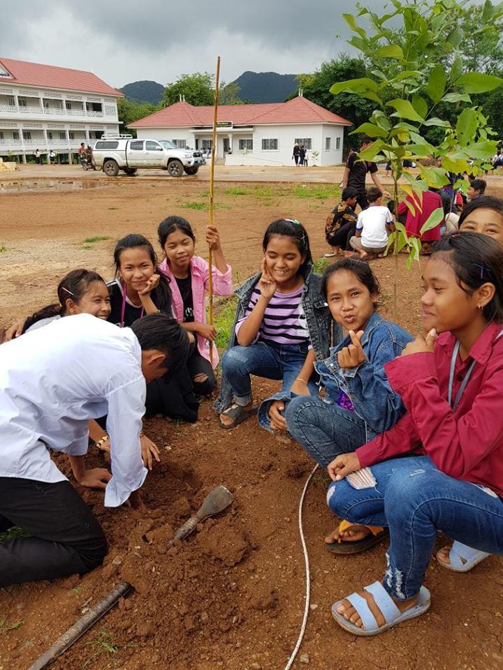 Wildlife Alliance's Mobile Environmental Educator in Phnom Prek environmental education Cambodia 6