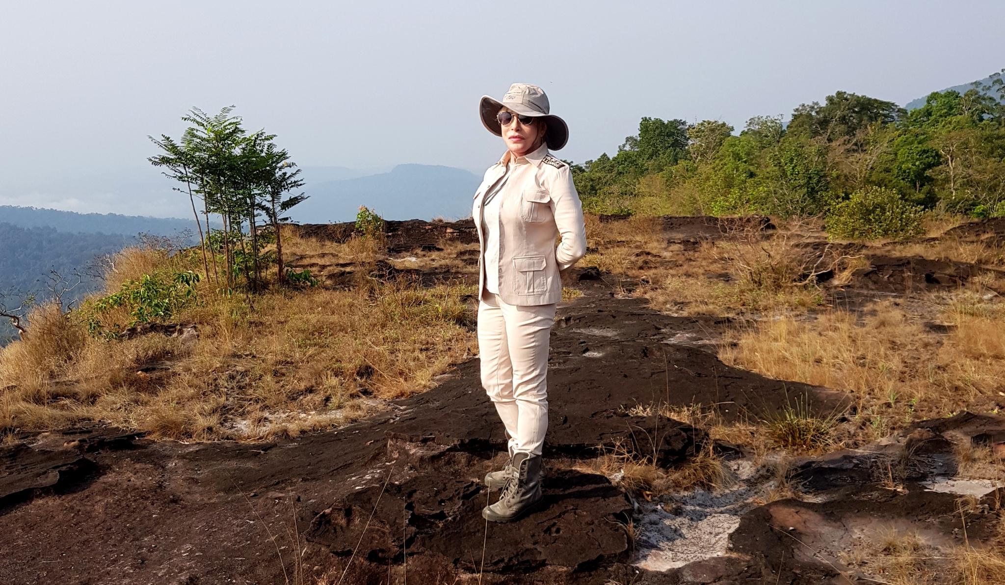 wildlife alliance Wildlife Alliance Founder and CEO, Suwanna Gauntlett visit at Shinta Mani Wild Cardamom CEO Suwanna Gauntlett
