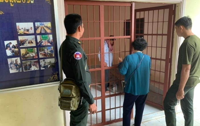 sponsor the green peafowl station Sponsor the Green Peafowl Station Illegal Luxury trader arrested Cambodia 700x441