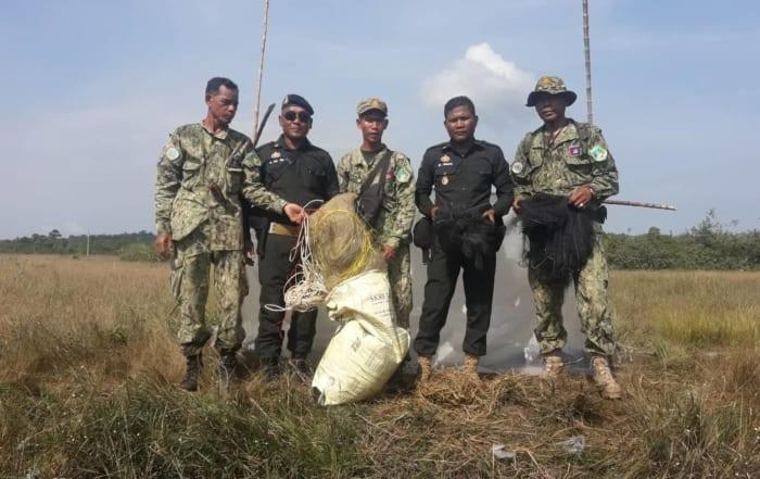 sponsor the asian elephant station Sponsor the Asian Elephant Station Illegal bird hunting 700x441